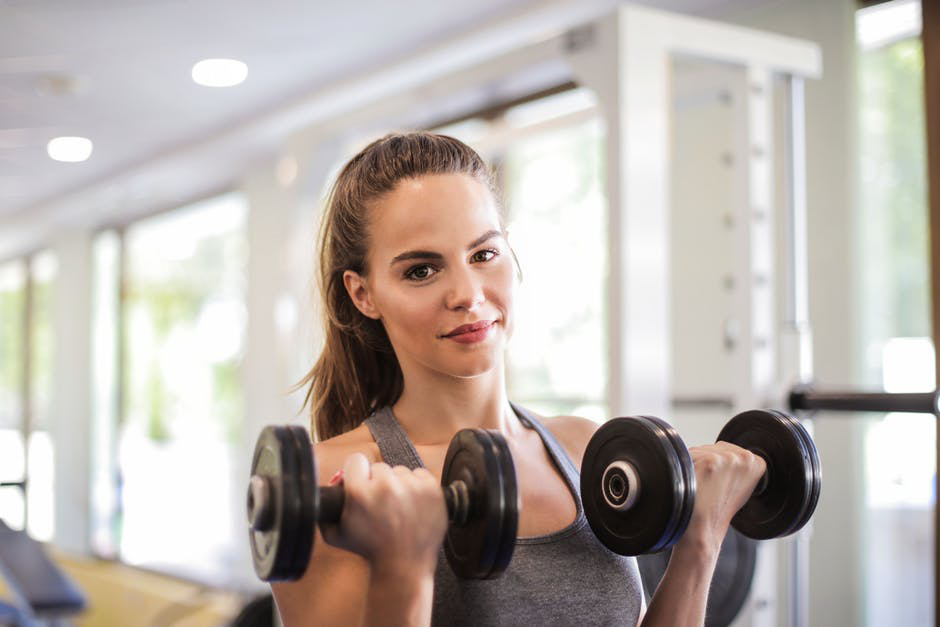 Health And Lifestyle Programs: The Advantages of Working with Fitness Instructors