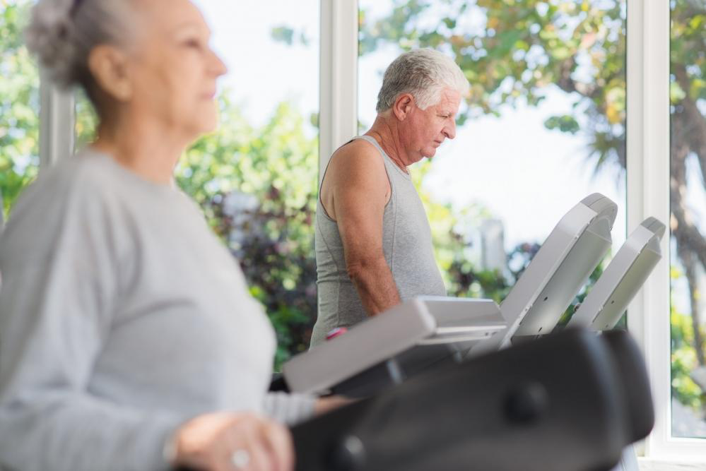 Workouts for Senior Citizens: A place to Socialize and Stay Healthy